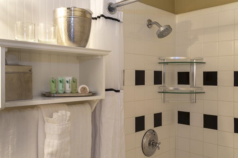 Marshall House Superior King Bathroom