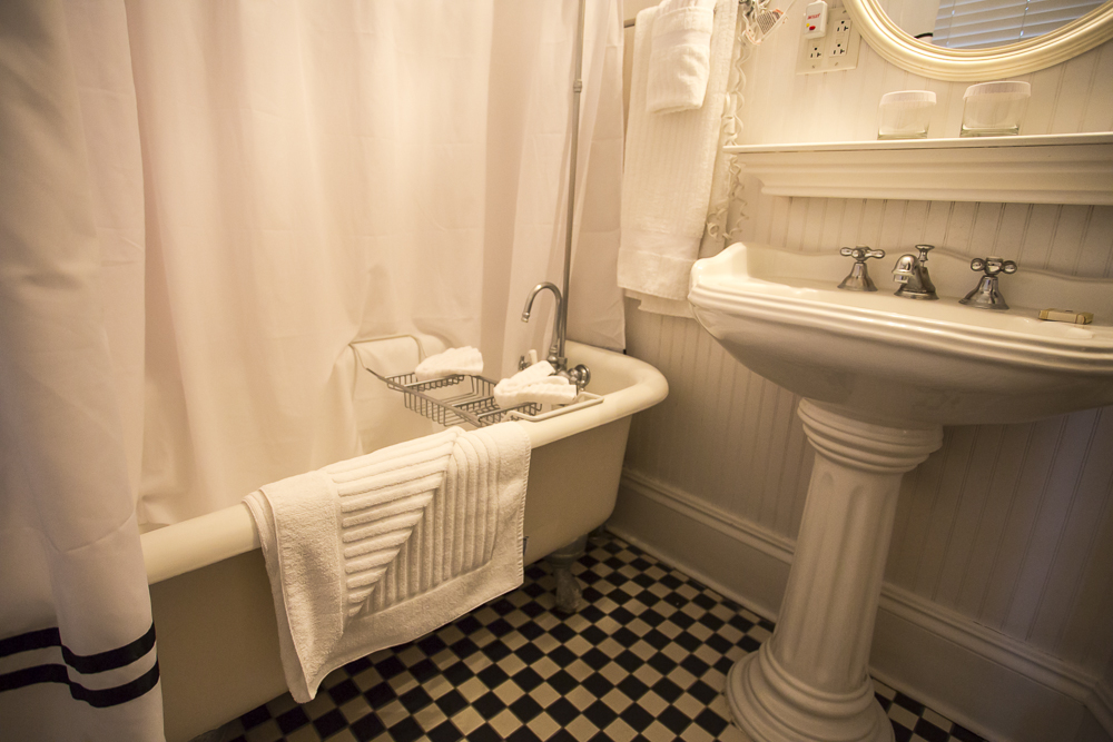Pedestal Sink and Clawfoot Tub
